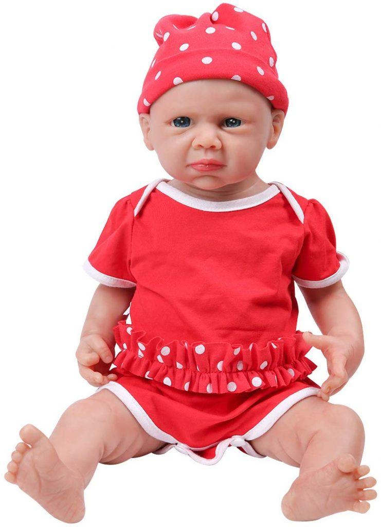Cette poupée réaliste Ivita a tout d'un vrai bébé.