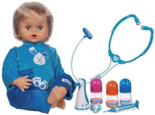 El bebé Cicciobello Bobo tiene varias funciones.