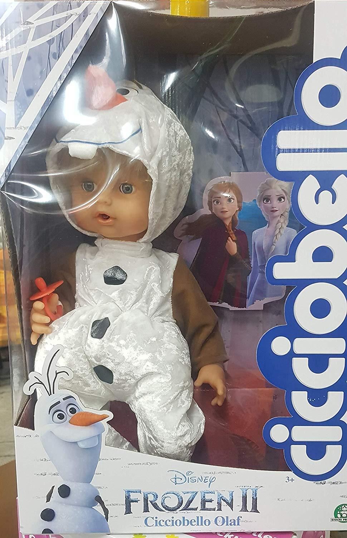 Cicciobello est déguisé en Olaf de la reine des neiges 2.