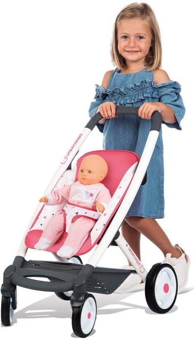 La poussette Smoby Bébé Confort est une poussette 3 en 1.