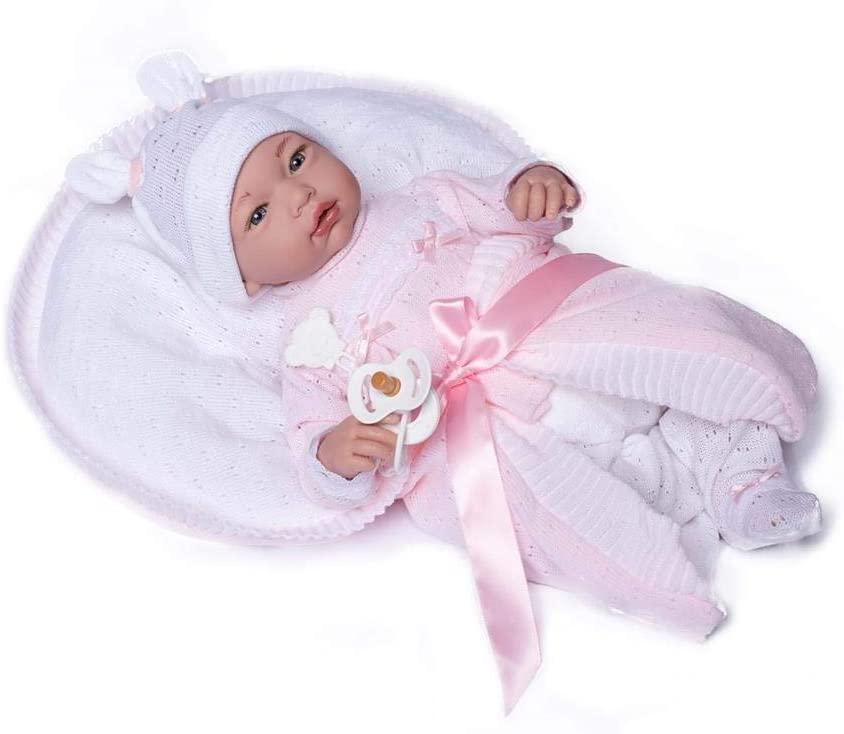 Le bébé reborn Julia mesure 46 cm.
