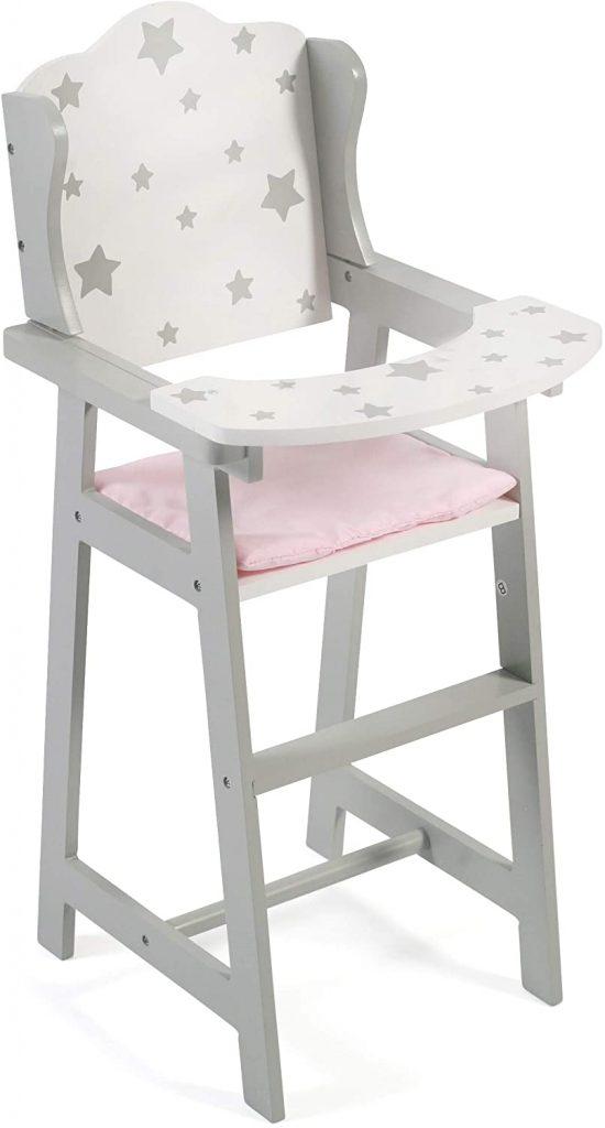 La chaise haute jouet Bayer Chic 200 a de beaux motifs étoiles.