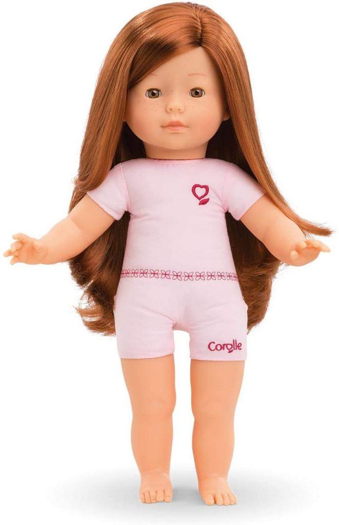 La poupée Corolle Prune mesure 36 cm.