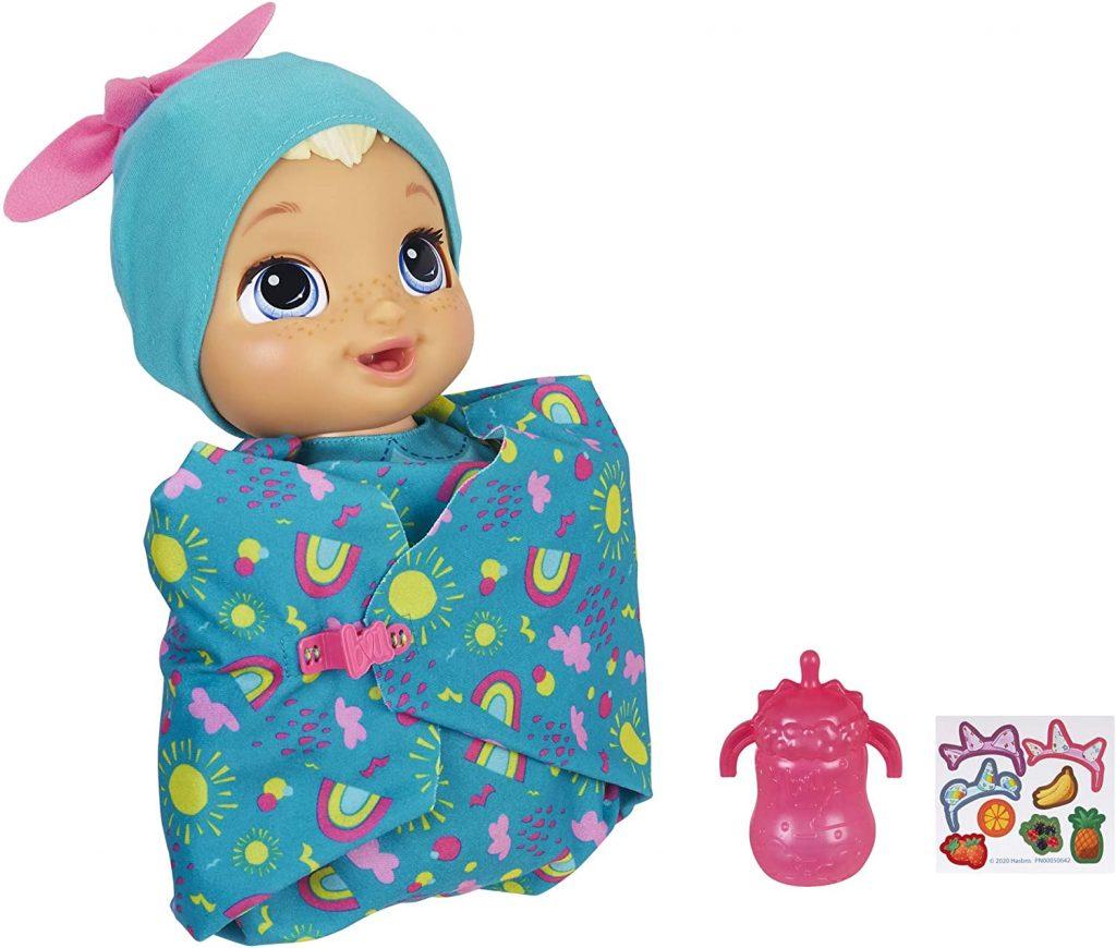 La poupée Baby Alive Grandit et Parle peut prendre jusqu'à 10 cm !