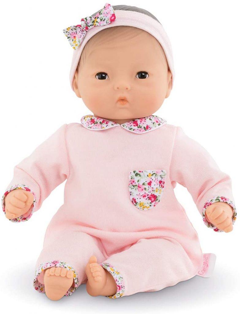 Le bébé Corolle Milla mesure 30 cm.