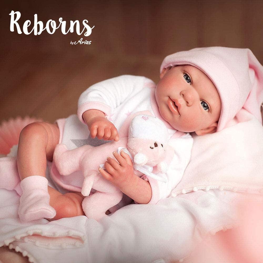 La poupée réaliste Arias Gala est livrée avec son doudou.
