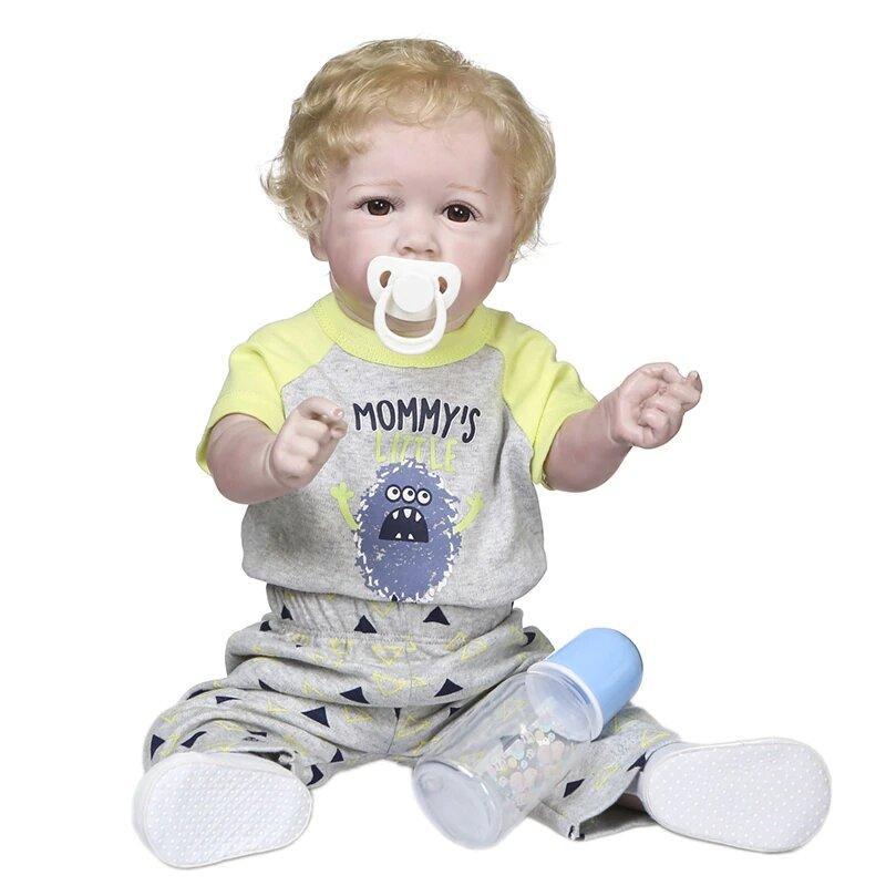 Le bébé reborn garçon Samuel a les yeux marrons.