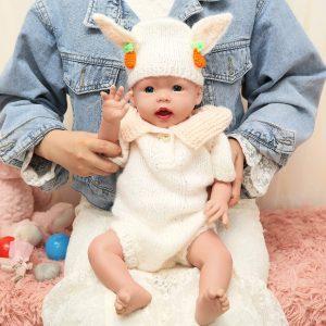 Bébé reborn fille en silicone Ivita