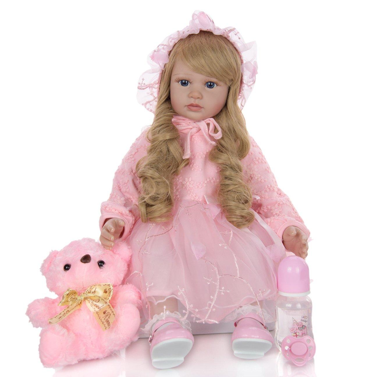 Alina est un bébé reborn fille mesurant 60 cm.